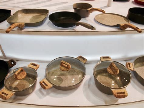 Granite Countertops Pans by Make Space These Trends From The 2016 Home And Housewares