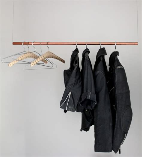 Racks For Hanging Clothes by 23 Pipe Clothing Rack Diy Tutorials Guide Patterns