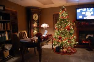 Christmas Decor In The Home by Decor Designs Colors Ideas Cheerfull Christmas Home
