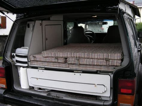 futon zum schlafen 4x4tripping sleeping inside of the car overlanding with