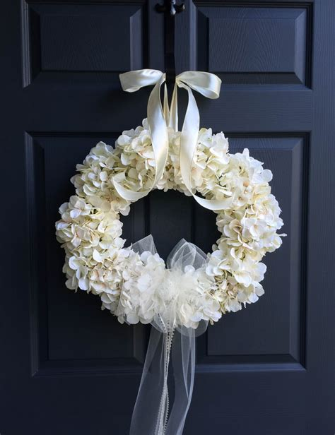flower wedding wreath the wedding veil wreath wedding flower wreath bridal veil