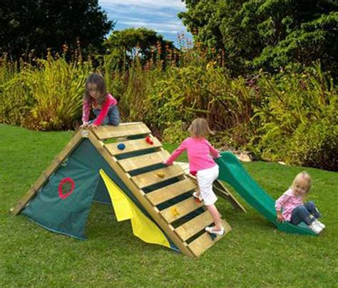 backyard climber 26 highly ingenious cost efficient pallet diy projects for