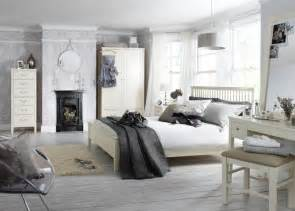 Gray Bedroom A Rainbow Of Monochromatic Colors 20 D 233 Cor One Color Wonders