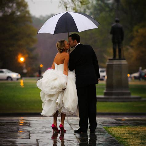 Tips For Rainy Day Weddings   Peony Events