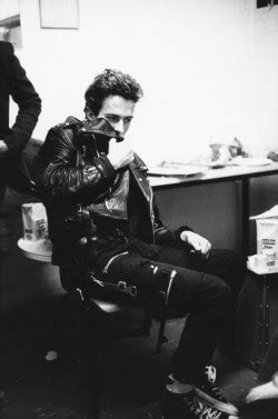 Jaket Converse Finger Black Abu my edit 70s rock the clash mick jones joe