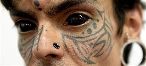 Eyeball Tattoo In Usa | peligroso la nueva moda es tatuarse el ojo tkm united