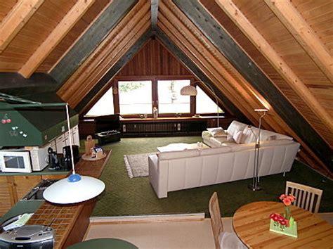 wohnzimmer unterm dach ferienwohnungen sch 214 n st ording nordsee fewo studio
