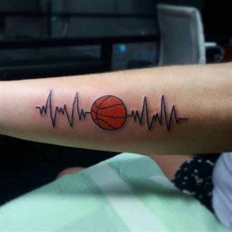 tatuajes inspirados en el b 225 squetbol o baloncesto