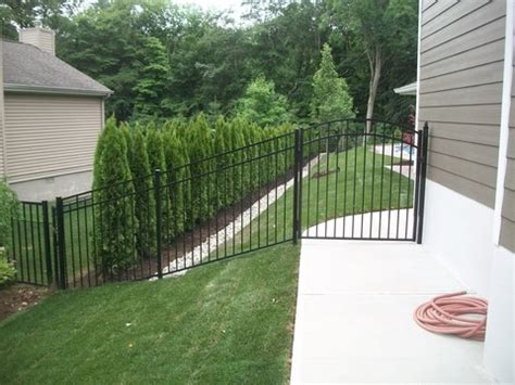 how much to put up a fence in backyard 2018 fencing prices fence cost estimators prices per foot