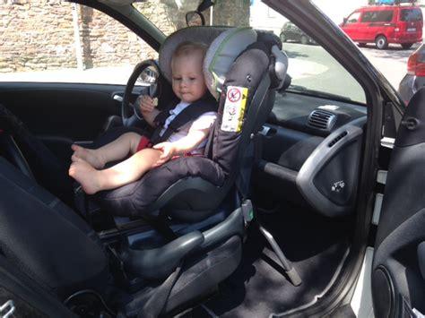 Kinder Im Auto Vorne by Reboarder Auf Dem Beifahrersitz Klar Das Geht Die