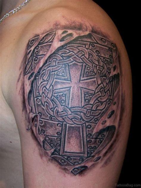 celtic shield tattoo 78 brilliant celtic tattoos for shoulder