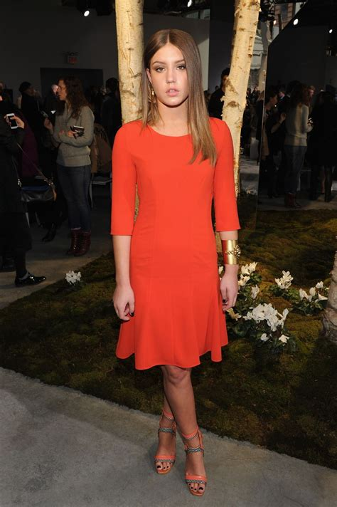 adele exarchopoulos style ad 232 le exarchopoulos at new york fashion week celebzz