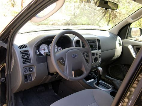 electric and cars manual 2002 ford escape interior lighting 2006 ford escape information and photos zombiedrive