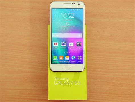 Led Samsung E5 samsung galaxy e5 unboxing