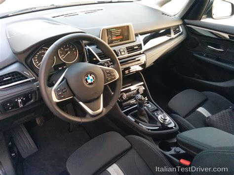 interno test italiano test drive bmw serie 2 active tourer interni 5