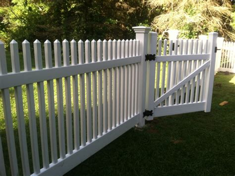pvc plastic fence company vinyl fencing gate installation hartford fence company