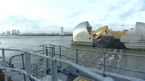thames barrier news behind the scenes of thames barrier bbc news