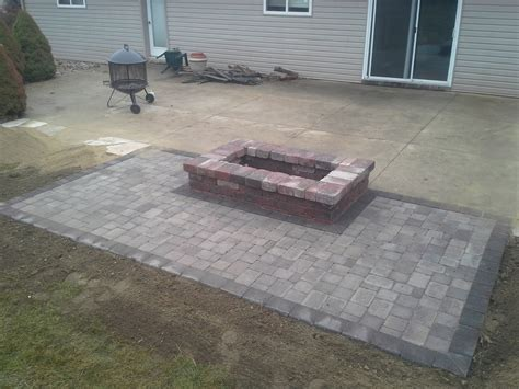 Oaks Laredo Rectangle Fire Pit Paver Apron Is Made With Pit On Patio Pavers