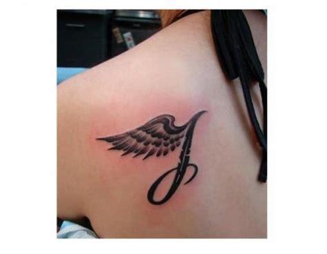 skrzydło tatuaż wz 243 r pomysły i wzory tatuaży dla kobiet
