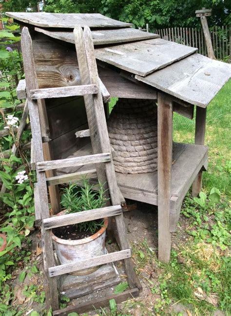 Prim Garden On Pinterest Bee Skep Birdhouses And | lindowen s american country lovin primitives