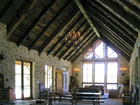 lake house plans with vaulted ceilings 17 best images about family rooms on pinterest sarah