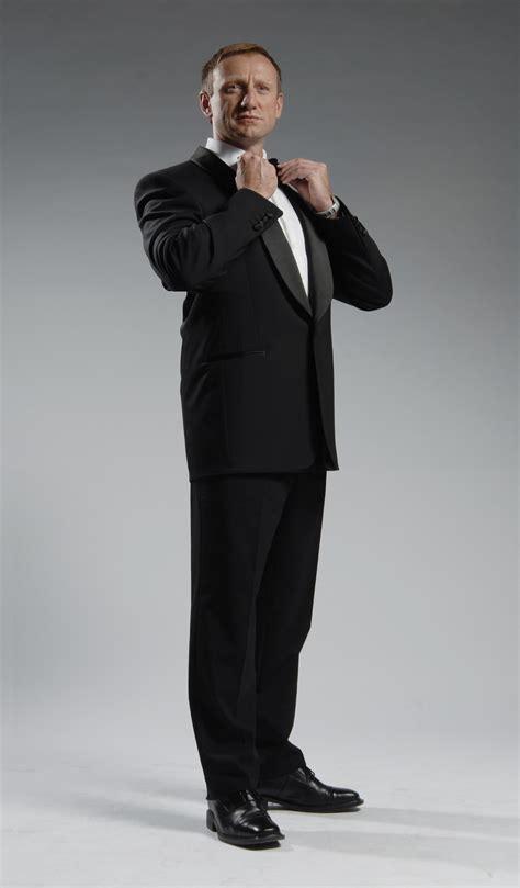 Gamis Syar I 007 bond theme showoffs agency