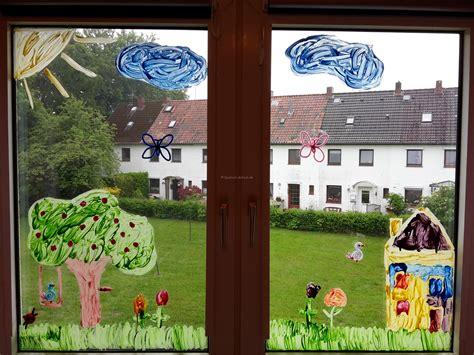 herbst fenster bemalen fensterbild mit fingerfarben diy der familienblog f 252 r