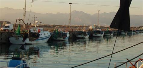 capitaneria di porto corigliano calabro corigliano calabro esercitazione antiterroristica al porto