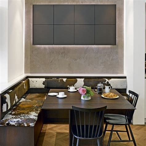 A place to sit: which booths and integrated kitchen