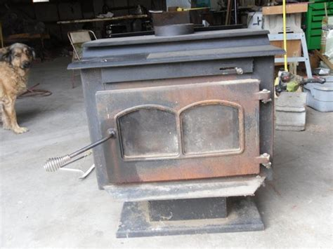 warnock hersey wood stove needs brick serial fw