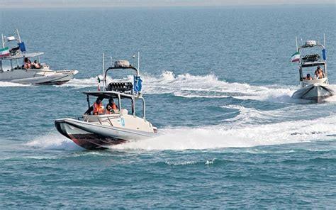 Perahu Perang Boat hir kontak senjata kapal perusak us navy dihadang perahu garda militer iran hobbymiliter