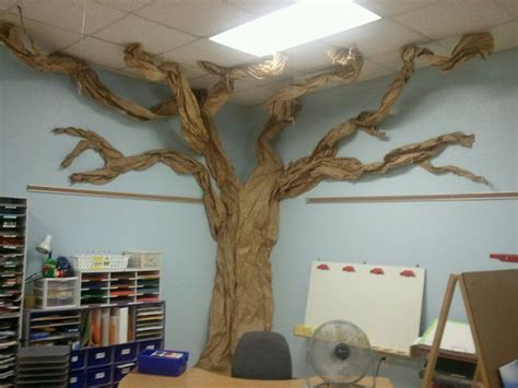 How Do They Make Paper Out Of Trees - best 25 classroom tree ideas on