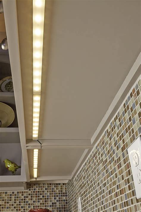 tresco  cabinet lighting     cabinet