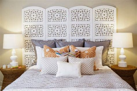 Room Divider As Headboard by 25 Best Ideas About Room Divider Headboard On