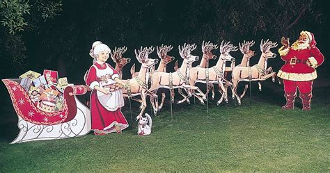 holiday lawn displays available since 1948 66 years