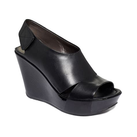 kenneth cole reaction wedge sandals kenneth cole reaction your sole platform wedge sandals in