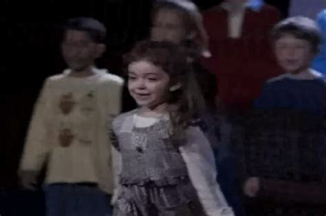 sarah hyland as molly before she played the oldest dunphy child hayley i