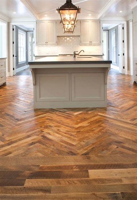 Light Grey Wood Floors by Best 25 Light Gray Cabinets Ideas On Light Kitchen Cabinets Farm Style Kitchens
