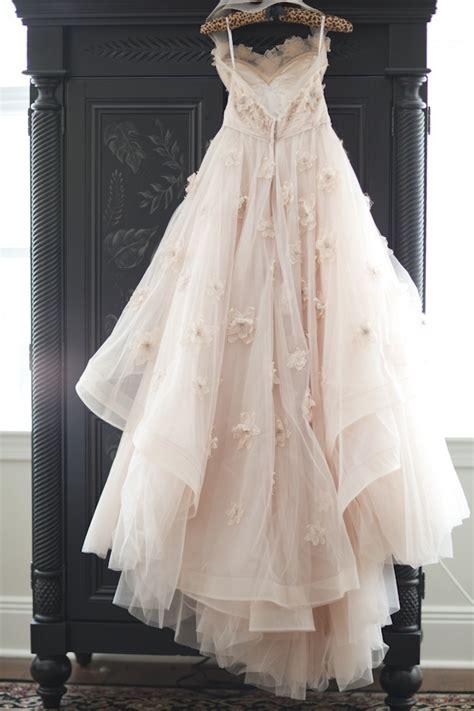 hochzeitskleid elfe wedding dress inspiration for a rustic wedding the