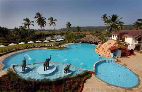 resort rio goaarpora hotel reviews  price