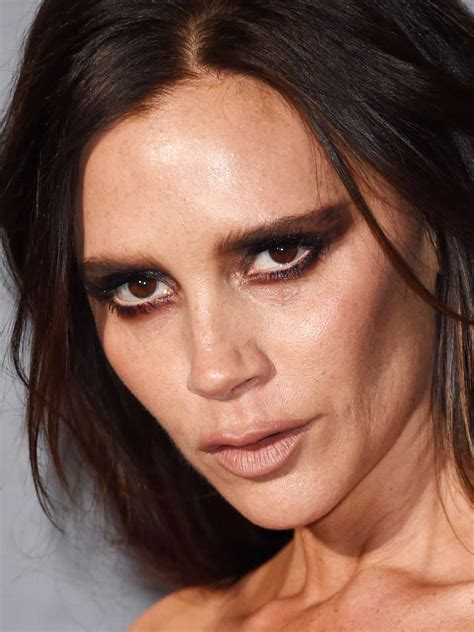 What has Victoria Beckham done to her face? Has she had
