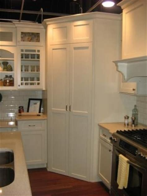 kitchen cabinets corner pantry kitchen corner pantry love these doors kitchens pinterest