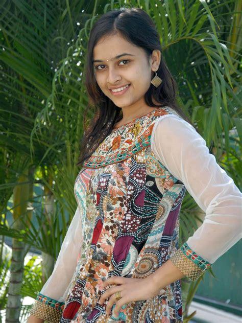 sri divya  tamil actress tamil actress
