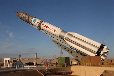 Proton M Rocket by Proton M Luch 5b Spacevids