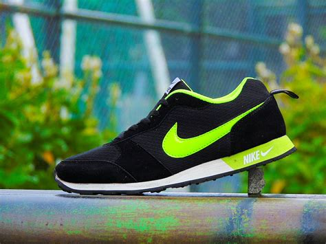 Sepatu Cewek Kasual Nike jual sepatu sport nike waffle trainer hitam ijo cerah