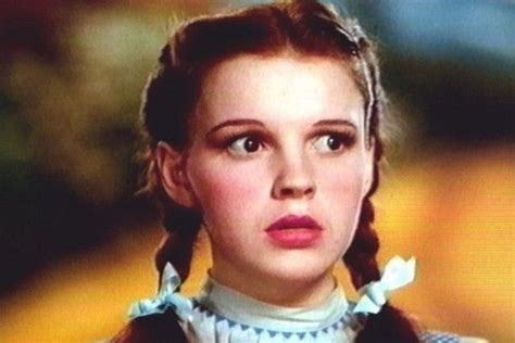 dorothy gale hairstyles dorothy gale the coolest hairstyles in movies zimbio