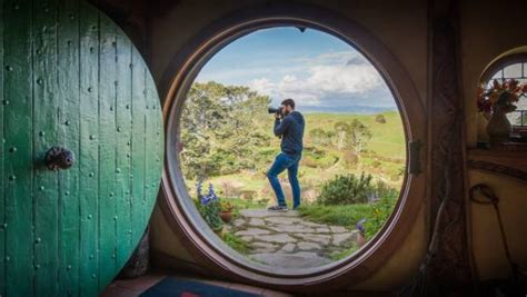 Kaos Mov Hobbit 1 Bv Oceanseven what it s like to be the official hobbiton photographer stuff co nz