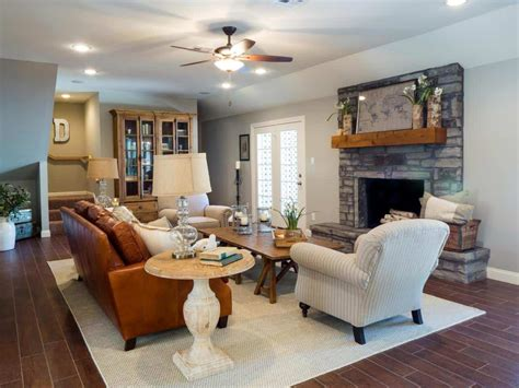 joanna gaines living room inspiration ideas modern home fixer upper kitchens living and dining rooms 21 favorites