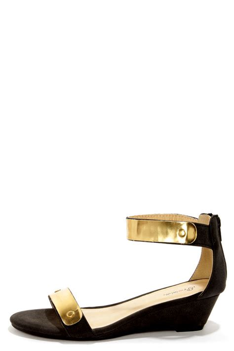 promise picken black gold plated wedge sandals 31 00