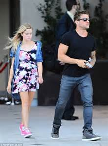 reese witherspoon meets up with ex ryan phillippe and daughter ava daily mail online